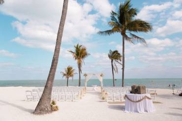 10 Tips for a Destination Wedding